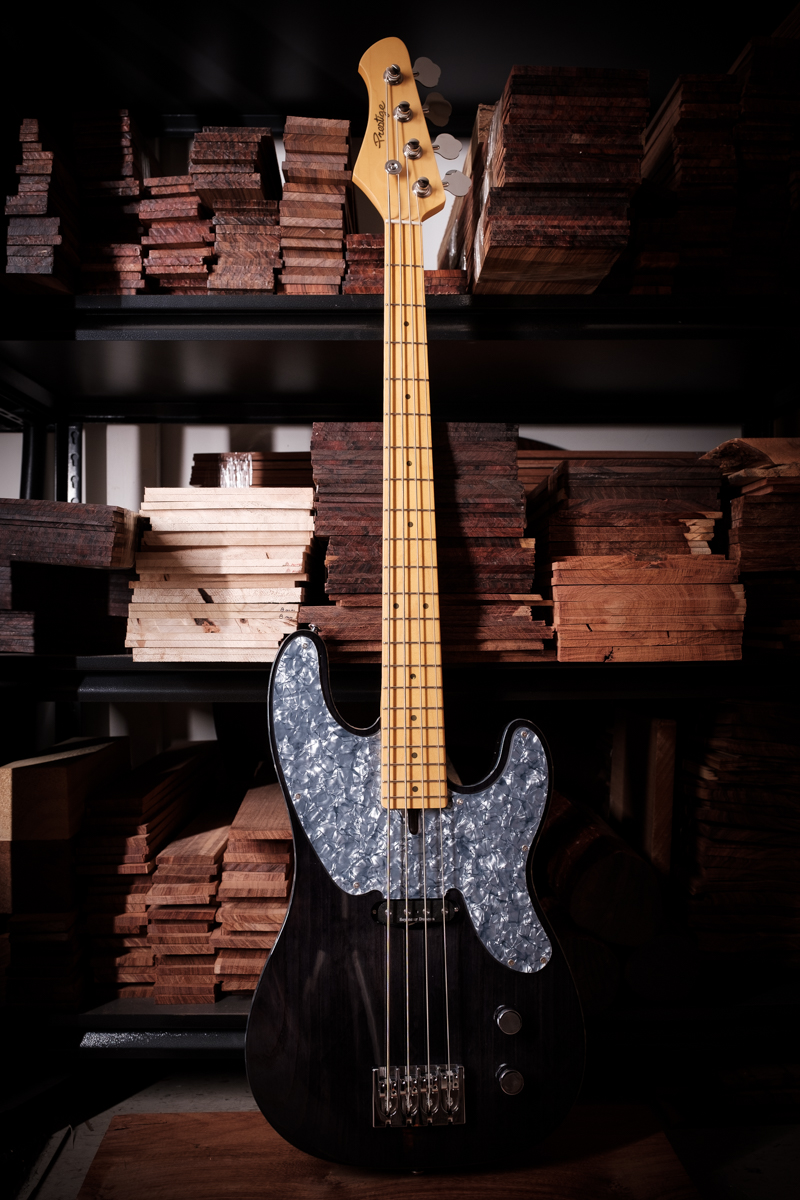Custom Shop Phantom Bass
