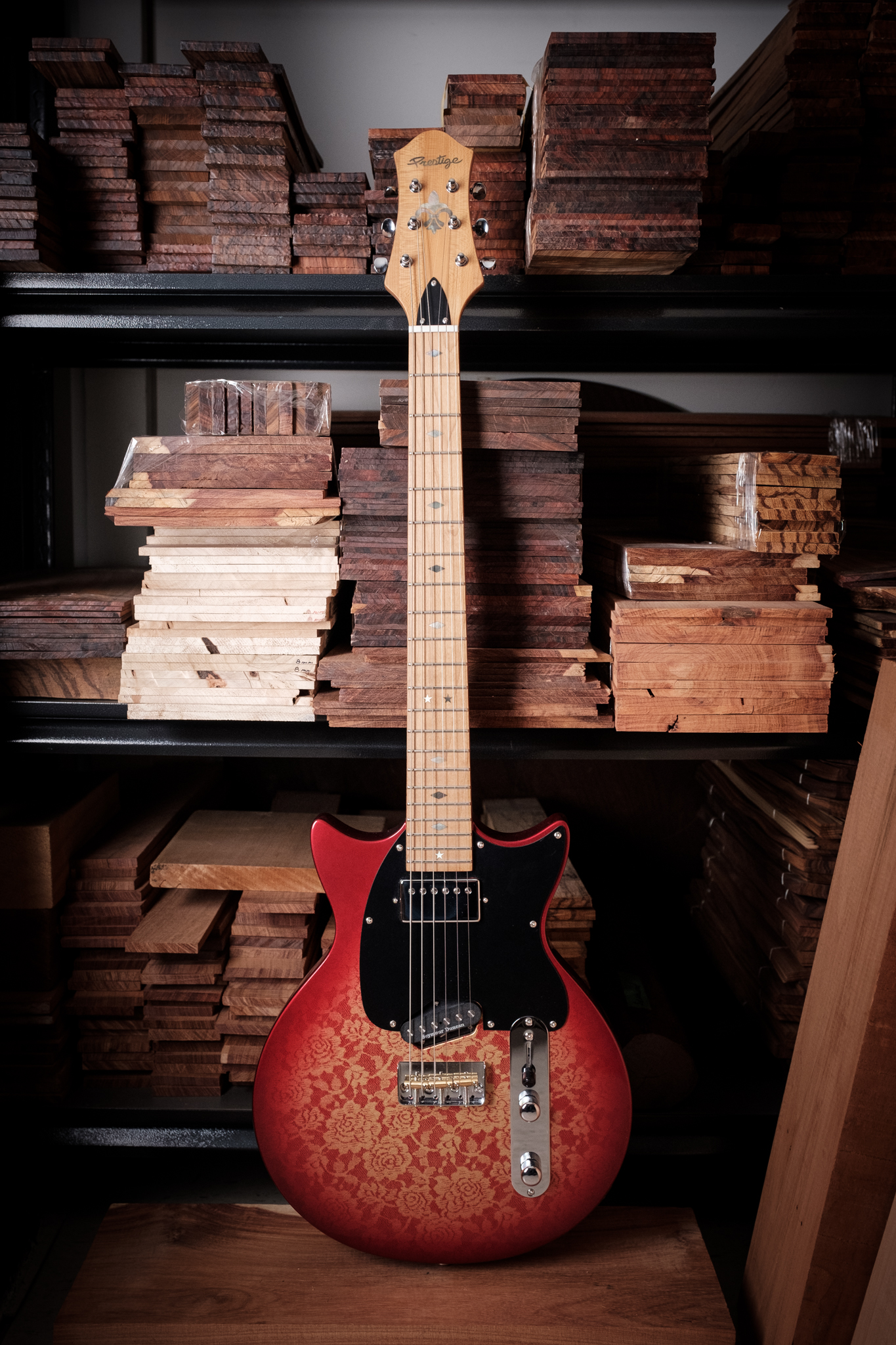 SOLD OUT<br />Custom Shop DC Coupe T Hybrid Candy Red Lace